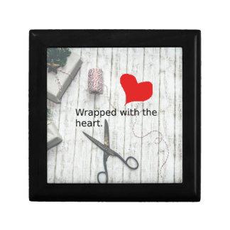 """Boîte À Souvenirs """"Enveloppé avec le cadeau du coeur"""" et la"""