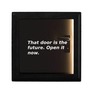 Boîte À Souvenirs Expressions : Cette porte est l'avenir. Ouvrez-la