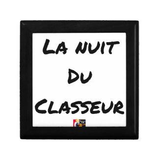 Boîte À Souvenirs LA NUIT DU CLASSEUR - Jeux de mots -Francois Ville