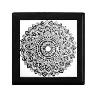 Boîte À Souvenirs Mandala noir et blanc
