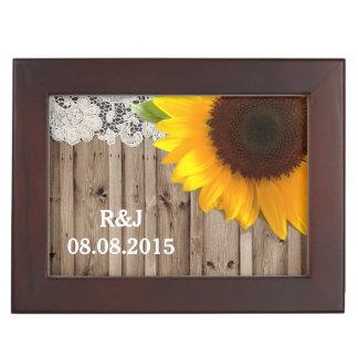 Boîte À Souvenirs mariage campagnard en bois de tournesol de grange