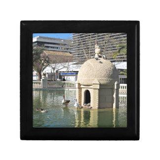 Boîte À Souvenirs Parc de Ribalta, Espagne