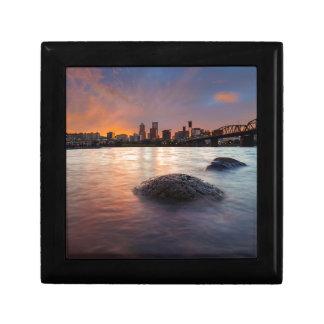 Boîte À Souvenirs Portland OU horizon le long de coucher du soleil