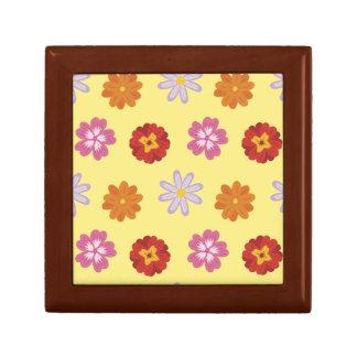 Boîte À Souvenirs Rétro motif floral de marguerite sur le jaune