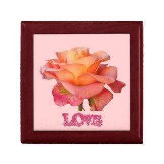 Boîte-cadeau violette d amour de rose rose coffrets cadeaux