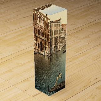 Boite Pour Bouteille De Vin Canal grand II, Venise, Italie