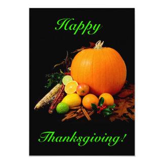 Bon thanksgiving avec le citrouille et le fruit invitations
