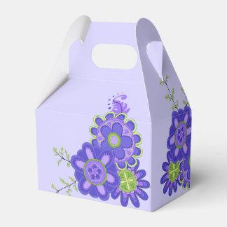 Bonbon et fleurs assez pourpres ballotins