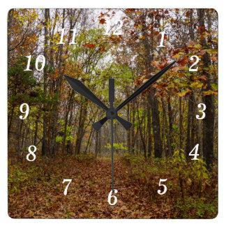 Bonheur d'automne horloge carrée