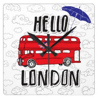 Bonjour signe en lettres de main de Londres | avec Horloge Carrée