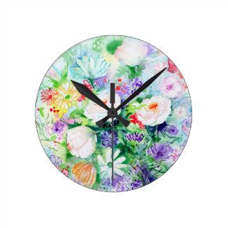 Bonnes fleurs d'humeur d'aquarelle horloge ronde