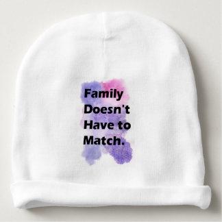 Bonnet De Bébé La famille ne doit pas être assortie