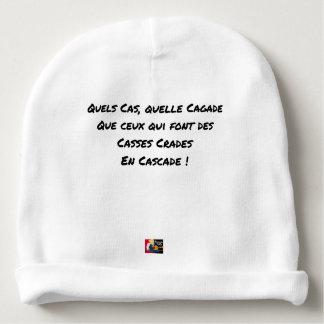 BONNET DE BÉBÉ QUELS CAS QUELLE CAGADE QUE CEUX QUI FONT DES