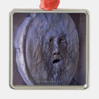 Bouche de la vérité ornement carré argenté