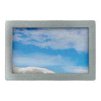 Boucle De Ceinture Rectangulaire Grand ciel bleu de montagnes blanches