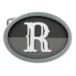 Boucles de ceinture faites sur commande d'initiale
