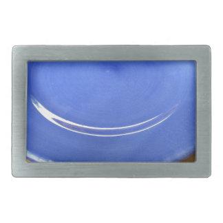 Boucles De Ceinture Rectangulaires Plat en céramique bleu de couleur vide sur le