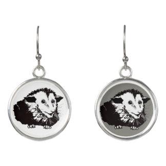Boucles D'oreilles Earings balançant avec l'opossum