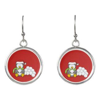 Boucles D'oreilles Pingouin de Noël se reposant avec des boules de