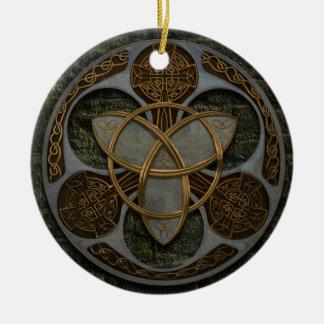 Bouclier celtique de trinité ornement rond en céramique
