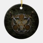 Bouclier et épées celtiques ornements