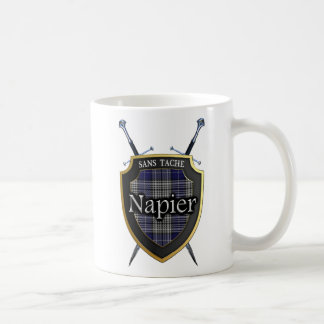 Bouclier et épées de tartan de Napier de clan Mug