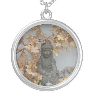 Bouddha minuscule pendentif rond