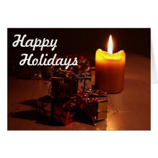 Bougie et cadeaux bonnes fêtes carte de vœux