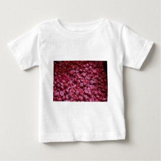 Bougies de basilique de Santo Nino T-shirt