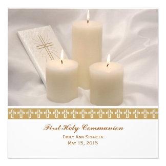 Bougies et sainte communion de livre de prière pre invitations