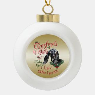 Boule En Céramique La chèvre de bébé de souhaits de Noël de la CHÈVRE