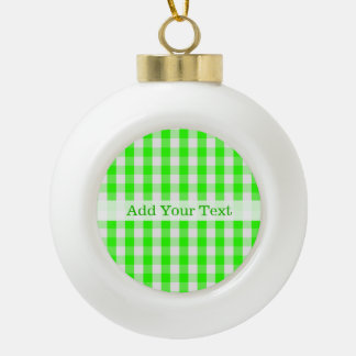 Boule En Céramique Motif vert au néon de guingan par Shirley Taylor