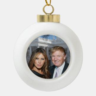Boule En Céramique Noël d'atout : Donald et Melania