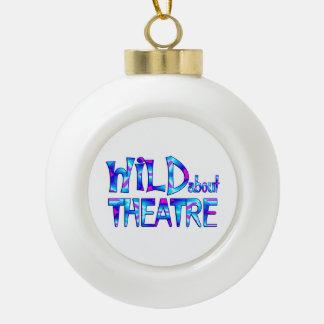 Boule En Céramique Sauvage au sujet du théâtre