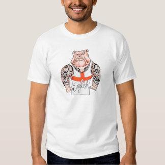 Bouledogue anglais avec le drapeau tribal de t-shirt