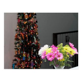 Bouquet de fleur et arbre de Noël colorés Cartes Postales
