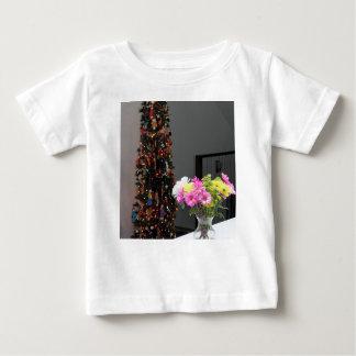 Bouquet de fleur et arbre de Noël colorés T-shirt Pour Bébé