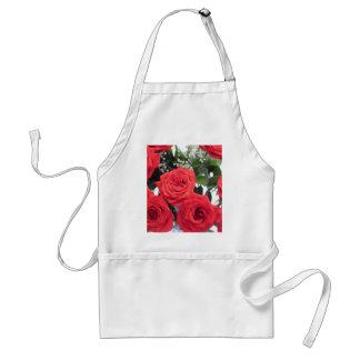 Bouquet de roses rouges avec le souffle de Babys Tablier