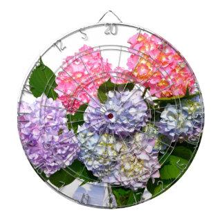 Bouquet d'hortensia jeux de fléchettes