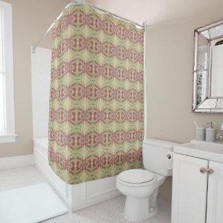Bouquets de rose de rose sur un rideau en douche