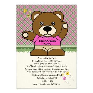 Bourrez un rose de partie d ours invitations personnalisées