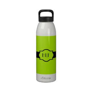 bouteille d'eau, monogramme 62