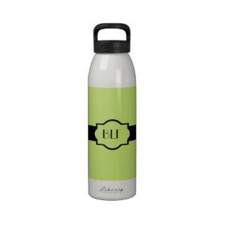 bouteille d'eau, monogramme 63