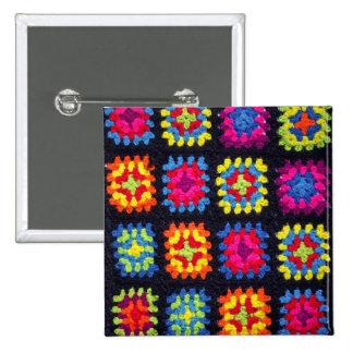 Bouton carré de mamie - bouton afghan de crochet pin's