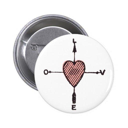 Bouton de boussole de coeur d'amour badge avec épingle