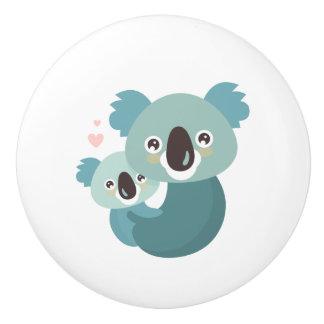 Bouton De Porte En Céramique Étreindre doux de mère et de bébé de koala de