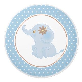 Bouton De Porte En Céramique Point de polka d'éléphant de bébé bleu