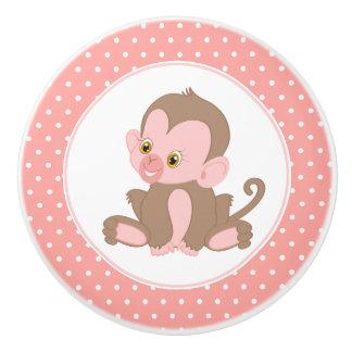 Bouton De Porte En Céramique Point de polka rose de chimpanzé de bébé