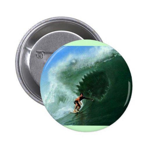 Bouton de vague de requin badge avec épingle