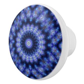 Bouton modelé par résumé de mandala de bleu de